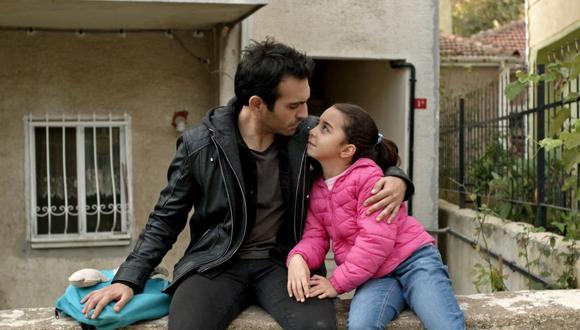 """""""Mi hija"""" o """"Kizim"""" (en su idioma original) se transmite en España desde el 28 de diciembre de 2020 y desde entonces ha atrapado al público (Foto: Med Yapım)"""