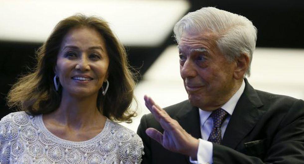 Mario Vargas Llosa se sinceró en una entrevista donde indicó que si debe aparecer en las revistas de espectáculos por Isabel Preysler, entonces no tiene ningún problema. (EFE)
