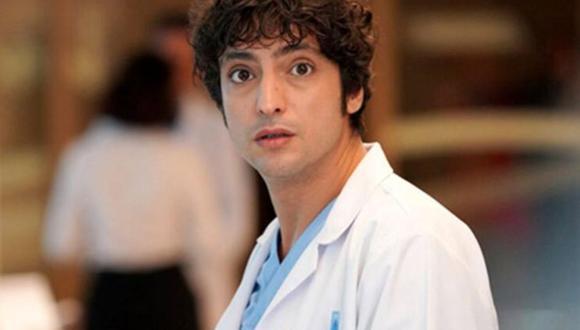 """""""Doctor Milagro"""" está protagonizada por Taner Ölmez, quien se encarga de dar vida a Ali Vefa (Foto: MF Yapım)"""