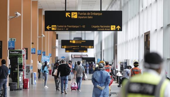 Gobierno señala que restricción de ingreso al Perú para personas de la India y prórroga de la suspensión en vuelos procedentes de Sudáfrica y Brasil se mantienen hasta el lunes 31 de mayo para proteger a los ciudadanos ante las nuevas variantes del COVID-19. (Foto: Leandro Britto/ GEC)