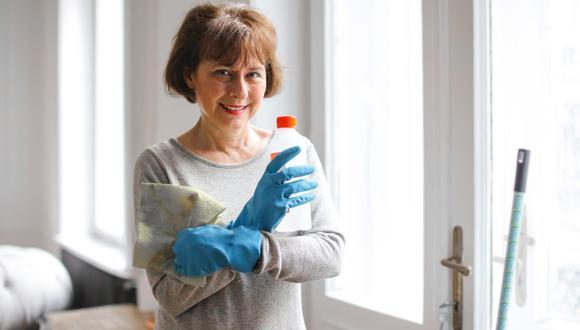 Es muy importante desinfectar las cosas en casa (Foto: Andrea Piacquadio / Pexel)