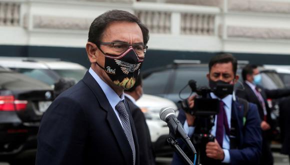 Vizcarra se defiende tras críticas a su vacunación. Foto: REUTERS/Sebastian Castaneda