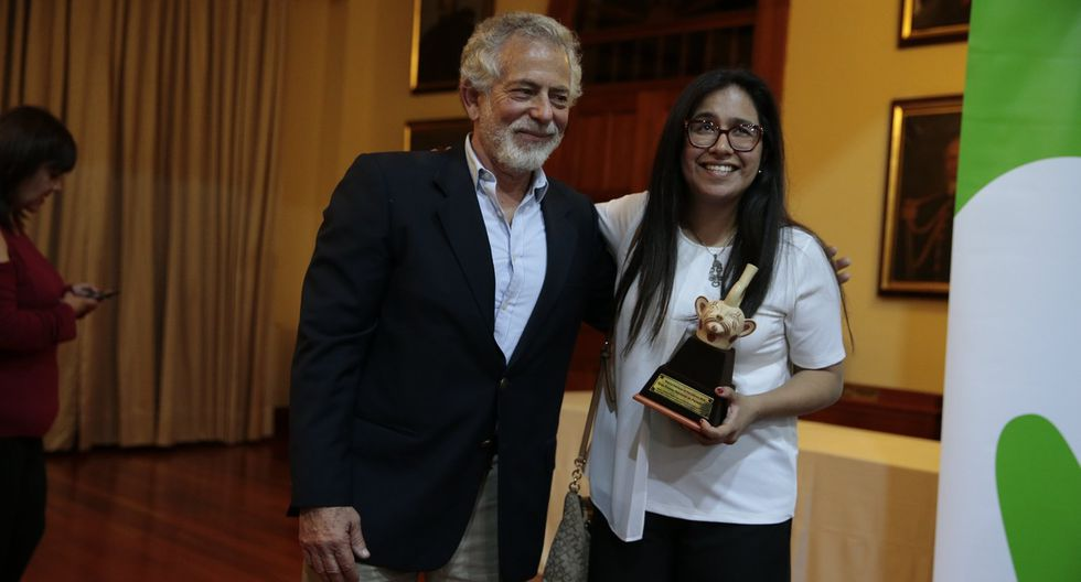 Gustavo Gorriti e IDL-Reportero ganaron Premio Nacional de Periodismo.
