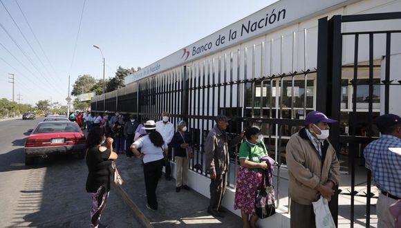Familias vulnerables recibieron bono del Gobierno | TROME | GEC