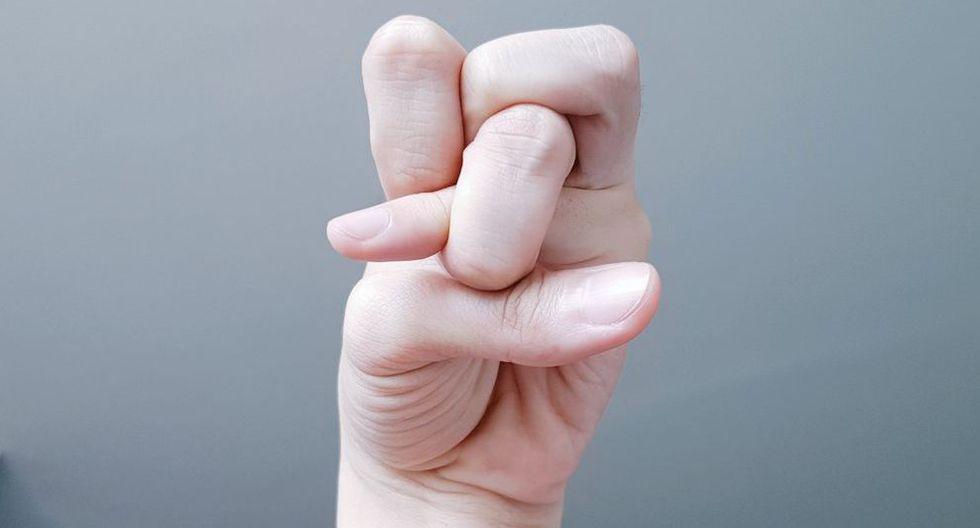 El truco de los dedos que está enloqueciendo las redes