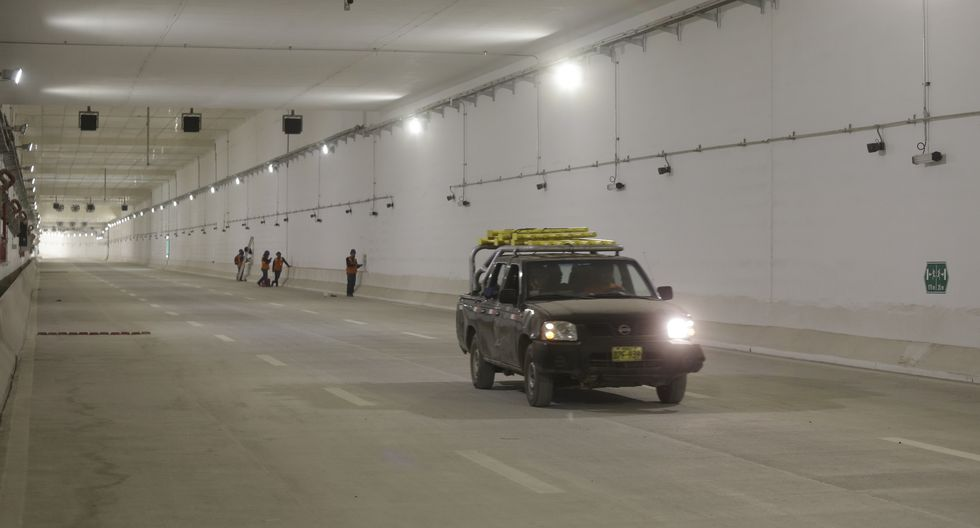 Los vehículos que circulan por la Vía Expresa Línea Amarilla pagan un peaje de S/5.30. (Foto: Comercio)