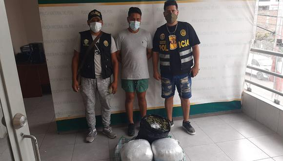 Policías del Escuadrón Verde (grupo Terna Este) capturaron a Christian Anthony Raffo Reátegui (29) con más de 15 kilos de marihuana, distribuido en varios paquetes, que iban a ser entregados a los microcomercializadores de droga.