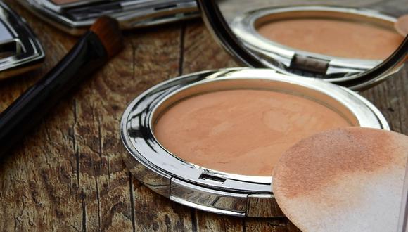 Hay una solución muy sencilla de aplicar para el maquillaje partido o seco. (Foto: Pexels)