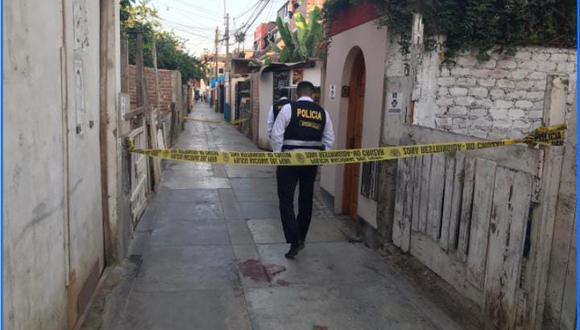 Policías y peritos de criminalística llegaron hasta la escena del crimen (GEC)