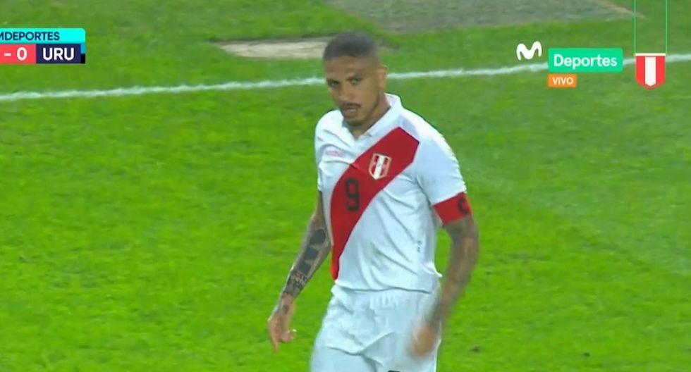 Paolo Guerrero se molestó y explotó con Cueva por no ir al pase y Gareca reaccionó así en el Perú vs Uruguay