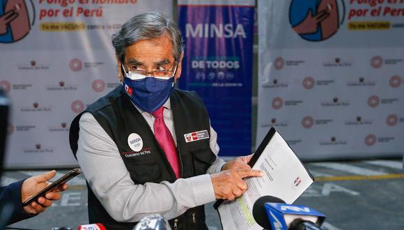 """Exministro Óscar Ugarte: """"Es falso que Perú haya dejado de comprar vacunas de Pfizer"""" (Foto: Minsa)"""