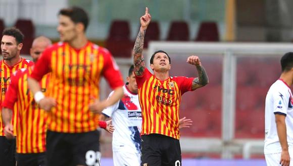 Lapadula anota para Benevento (Foto: Ap)