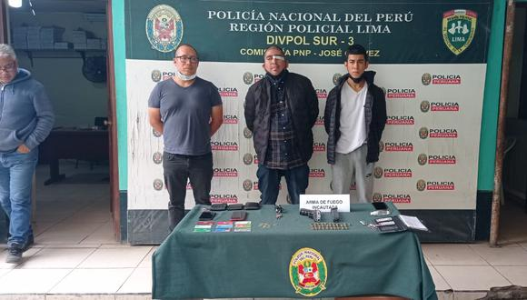 Tres presuntos integrantes de la banda 'los sanguinarios de pachacutec', que se dedicarían a asaltar transeúntes, fueron intervenidos.