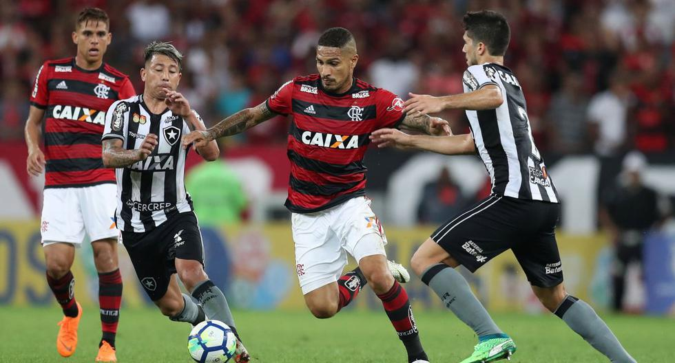 Con Paolo Guerrero, Flamengo ganó 2-0 a Botafogo y sigue como líder del Brasileirao
