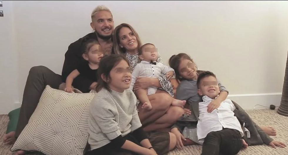 Juan Manuel Vargas protagoniza tierna sesión con su esposa Blanca Rodríguez y sus 5 hijos