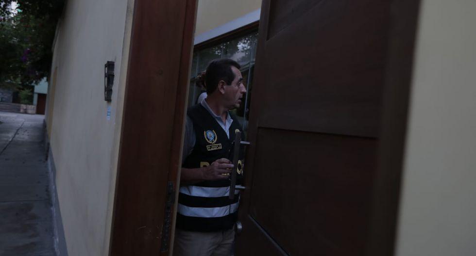 Detención de Alan García en su casa (Fotos: Hugo Pérez)