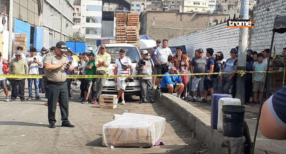 Vecinos reportan caja con cadáver dentro cerca del Mercado de Frutas   TROME   Mónica Rochabrum