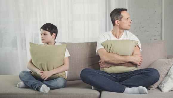 Si su progenitor es indiferente al menor, él sentirá que no fue importante para su papá, que él no le dio prioridad en su vida.