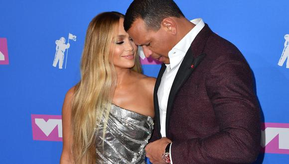 Los días de felicidad entre Jennifer Lopez y Alex Rodríguez quedaron en el pasado y ahora ella busca deslindarse hasta de los negocios que tenían juntos. (Foto: AFP)