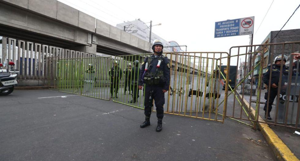 La operación se realizó en las 13 primeras cuadras de la avenida Aviación. (Foto: Alessandro Currarino)