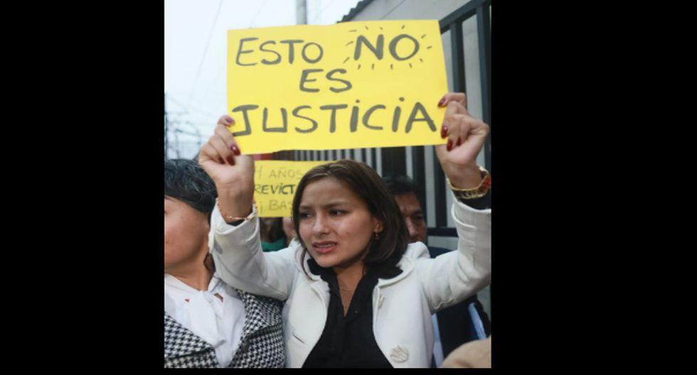 Arlette Contreras mostró su indignación contra el Poder Judicial ante condena de 11 años para Adriano Pozo. (Fotos: Juan Ponce Valenzuela)