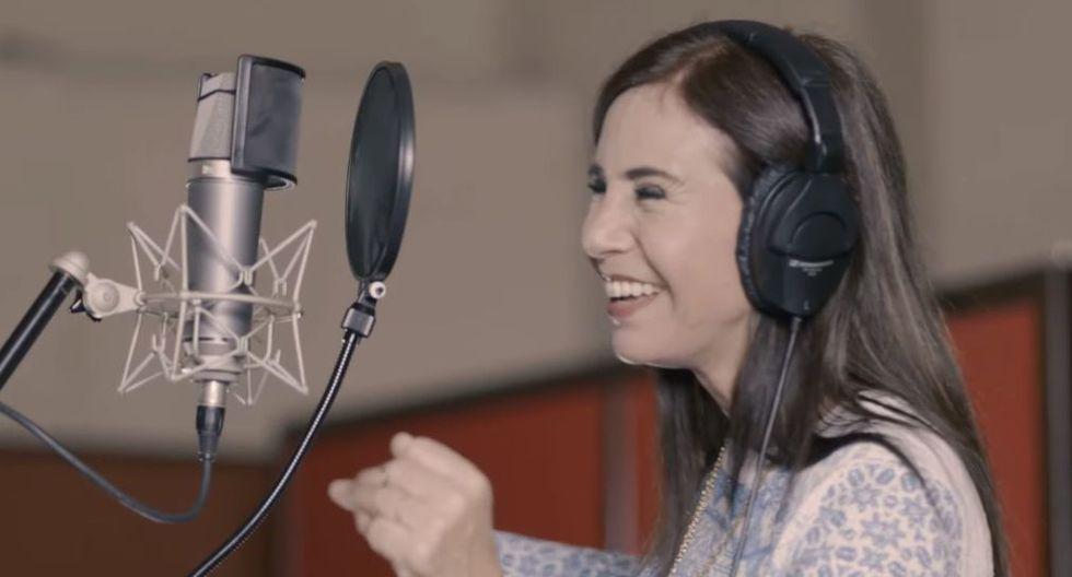Julie Freundt se une a Agua Marina para lanzar versión cumbia del vals criollo 'Cariño malo'