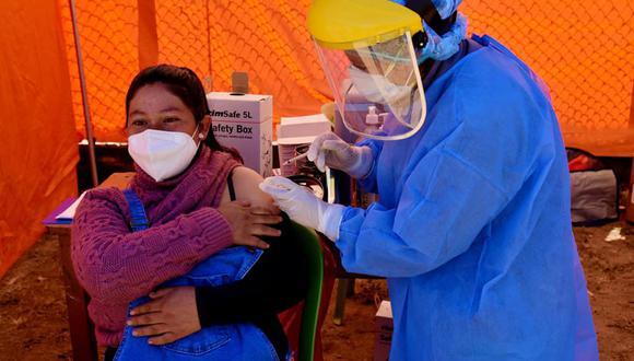 La Dirección Regional de Salud Áncash viene informando sobre este proceso de vacunación en su cuenta de Facebook. (Captura de Internet)