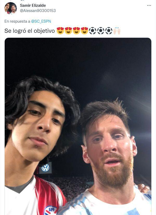 Samir Elizalde, el hincha paraguayo que se hizo una foto con Lionel Messi. (Foto: Twitter de Samir Elizalde)