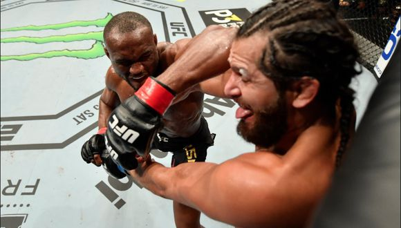 A su estilo, Kamaru Usman superó al 'Gamebred' Jorge Masvidal. (UFC)