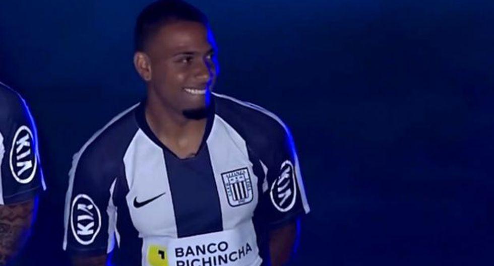 Noche Blanquiazul: La presentación de Alexi Gómez (Video: Gol Perú) (Trome)