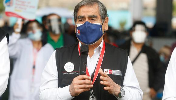 El ministro de Salud, Óscar Ugarte, se pronunció tras la finalización de la segunda vacunatón contra el COVID-19. (Foto: Minsa)