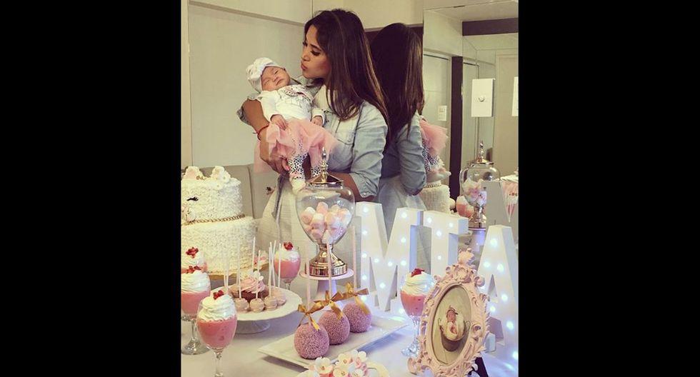 Melissa Paredes celebró primer mes de su hija Mía