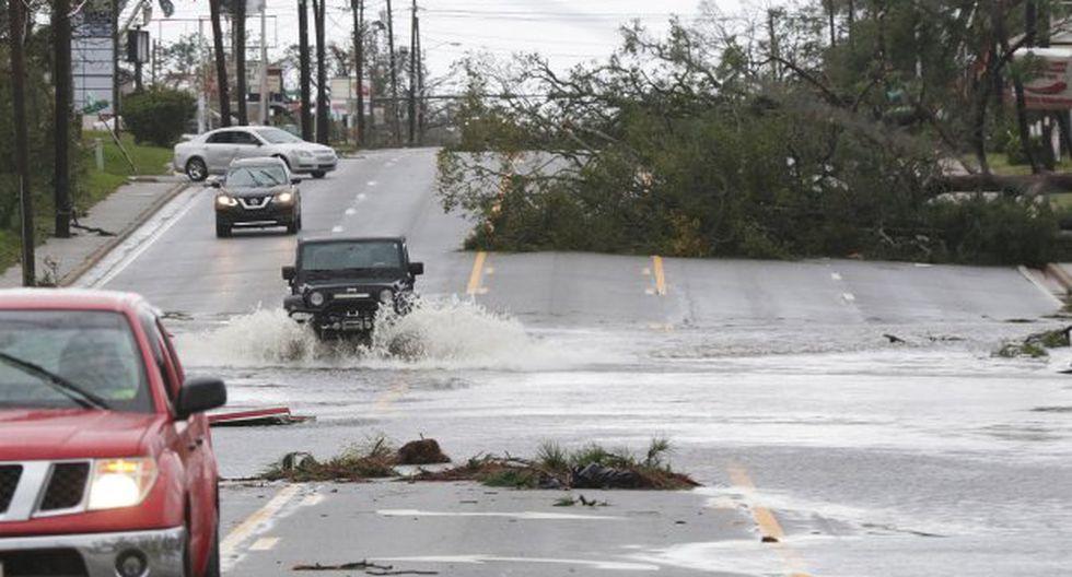 El huracán Michael se transformó esta madrugada en una tormenta tropical. (Foto: EFE)