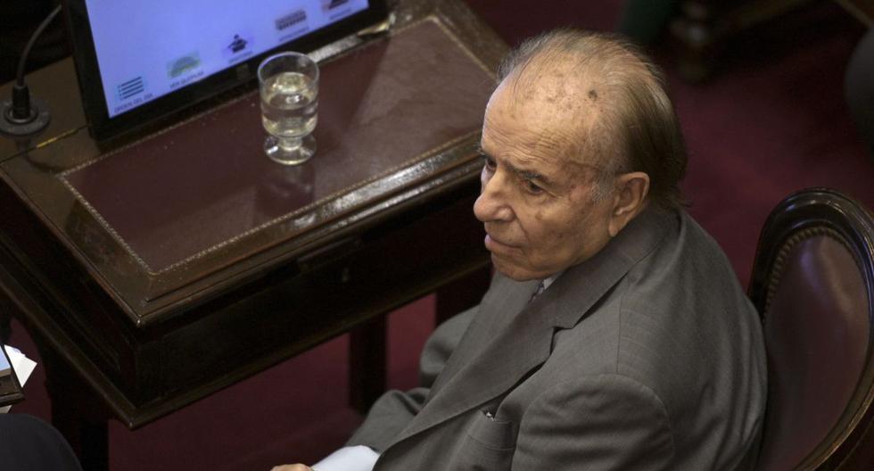 Carlos Menem de 89 años fue presidente de Argentina entre 1989 y 1999. (AFP).