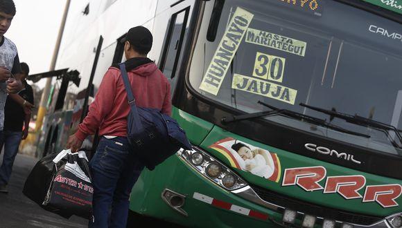 MTC informó que los buses de transporte interprovincial deberán tener separadores verticales. (Foto: GEC/Archivo)