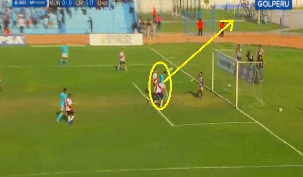 Christofer Gonzáles falló gol debajo del arco en el Sporting Cristal vs Municipal