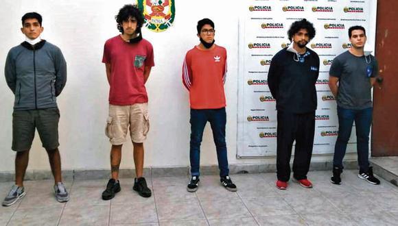 Manuel Antonio Vela, José Martín Arequipeño, Sebastián Zevallos Sanguineti, Diego Arroyo Elías y Andrés Fassardi San Sebastián son acusados del delito de violación sexual (PNP)