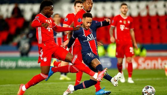 Neymar realizó jugadón ante 2 rivales por Champions League (Reuters)