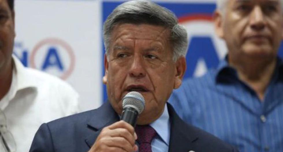 César Acuña.