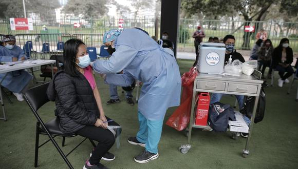 La vacunación contra el coronavirus continúa avanzando a nivel nacional. Foto: Renzo Salazar/@photo.gec