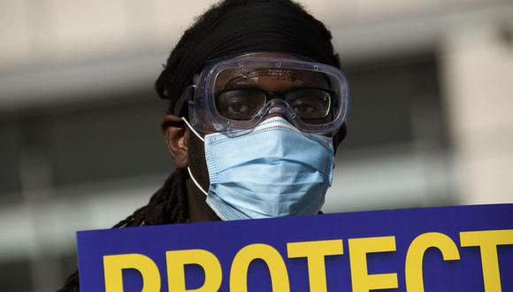 Varios estados en EE.UU. han restablecido el uso obligatorio de mascarilla a raíz de la variante Delta. (Foto de Patrick T. Fallon / AFP).