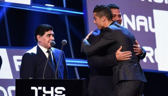 Cristiano Ronaldo saluda a Diego Maradona por su cumpleaños 60.
