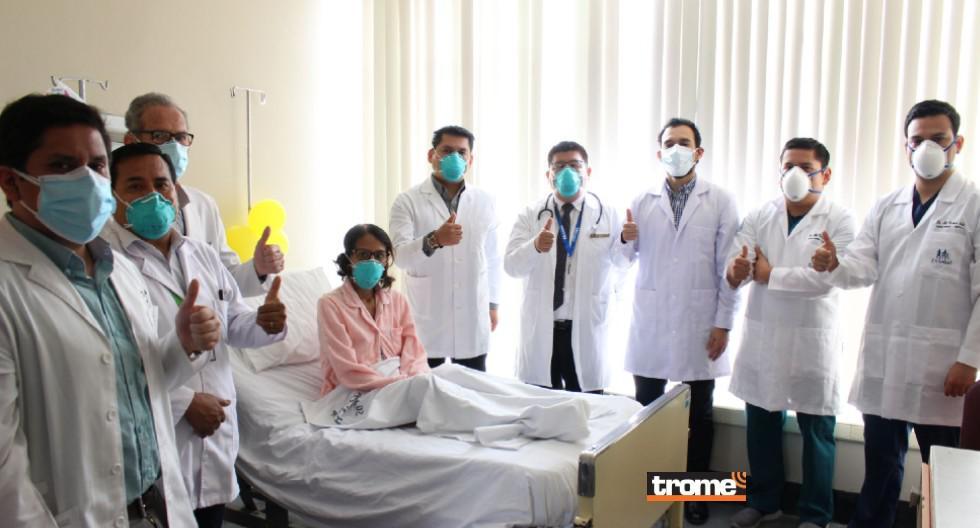 En el hospital Rebagliati se realizó el primer autotrasplante de hígado del Perú. Exitosa cirugía salvó la vida de madre de familia que tenía tumor hepático de gran tamaño.  (Foto: EsSalud)