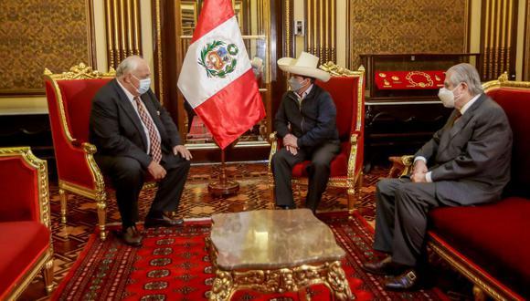 Pedro Castillo se reunió con el embajador de Rusia. (Foto: Presidencia del Perú)