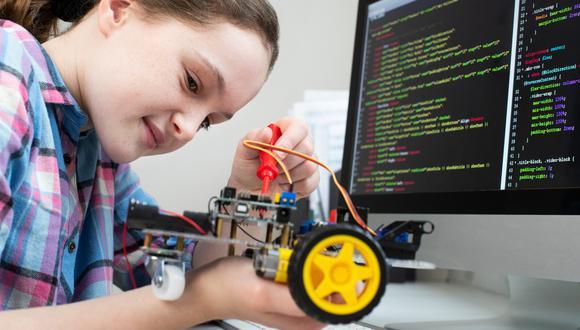 La robótica, por ejemplo, es una herramienta pedagógica entretenida e innovadora para acercar a los niños con la tecnología.
