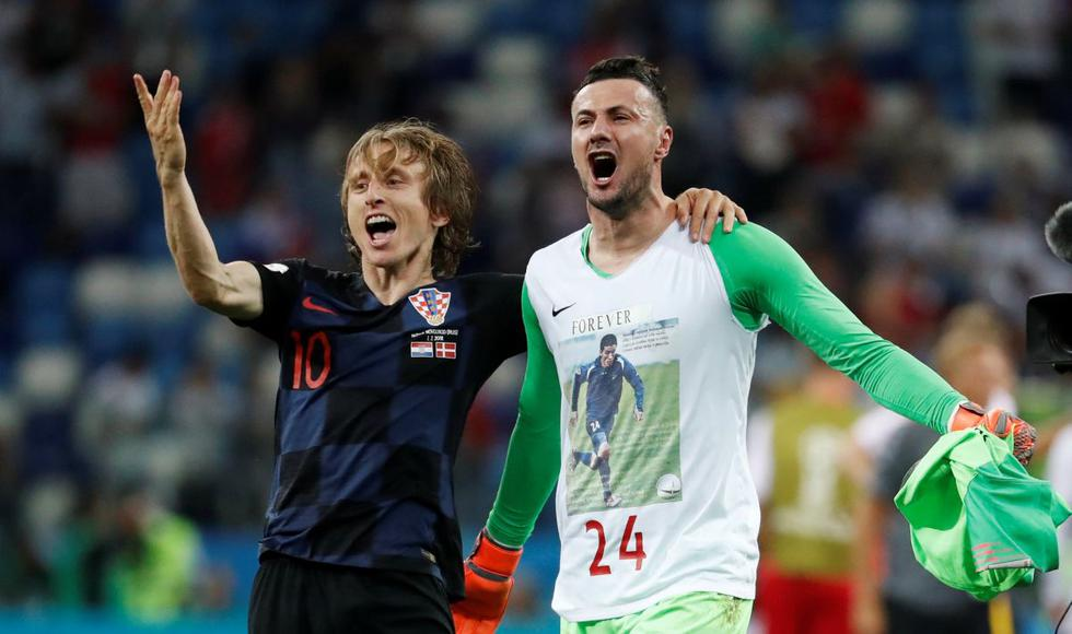 Croacia ganó 3-2 a Dinamarca, lo eliminó y chocará con Rusia en cuartos de final del Mundial