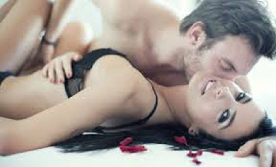 Esperanza Gómez te da estos candentes consejos de cómo hacer sexo oral