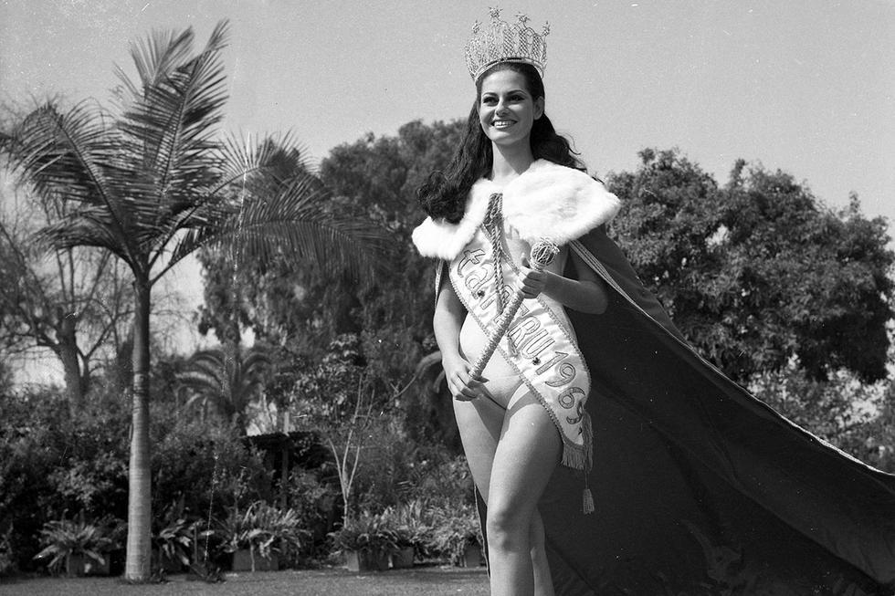 El certamen de Miss Perú 1969 se llevó a cabo el 6 de julio de 1969. Ese año, 20 candidatas competían por la corona nacional. La ganadora elegida representaría a Perú en el Miss Universo 1969, que se desarrollaría en Miami, Estados Unidos. La elección se produjo durante una ceremonia efectuada en el Teatro Municipal de esta ciudad y María Julia Mantilla Mayer, representante del departamento de La Libertad, fue elegida señorita Perú. 'Maju' fue coronada por el alcalde de Lima Luis Bedoya Reyes, poco antes de las dos de la madrugada.