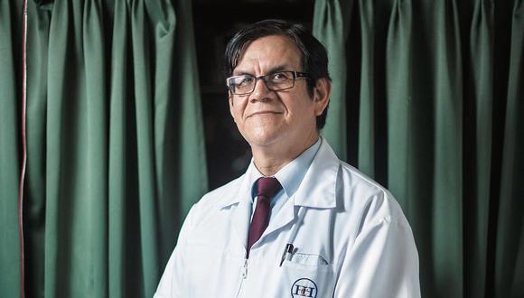 El reconocido infectólogo Ciro Maguiña, vicedecano del Colegio Médico del Perú, propone que el referendo para decidir la inmunidad parlamentaria sea virtual para evitar contagios de coronavirus.