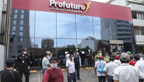 Según la Ley Nº 31192, publicada en el boletín de Normas Legales del Diario Oficial El Peruano, dicho retiro permitirá aliviar la economía familiar afectada, por las consecuencias de la pandemia del COVID-19. (Foto: Andina)